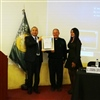 Entrega placa - Evento Acreditacion Internacional CLC by IBEC - UCSS